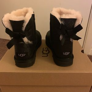 NIB UGG Mini Bailey Bow Sparkle Black Boots